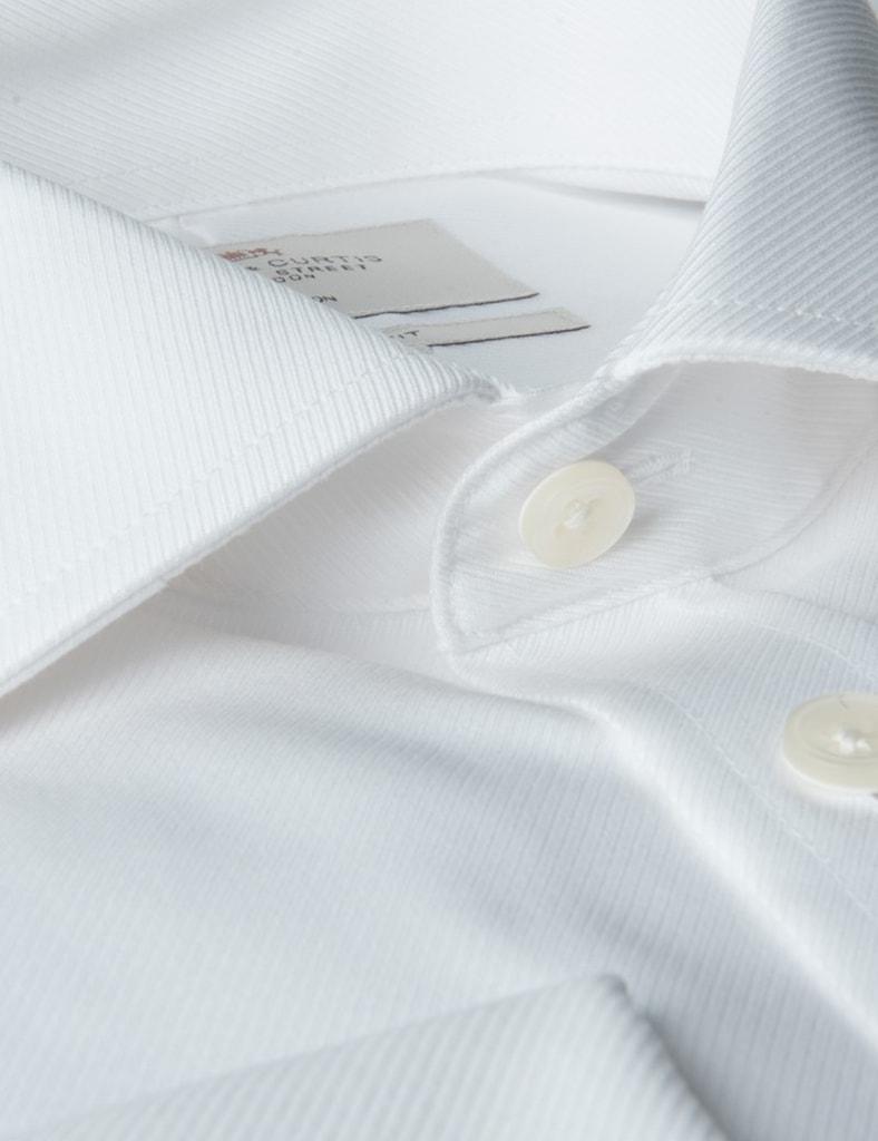 Bílá svatební košile na manžetové knoflíčky a33135aa8b